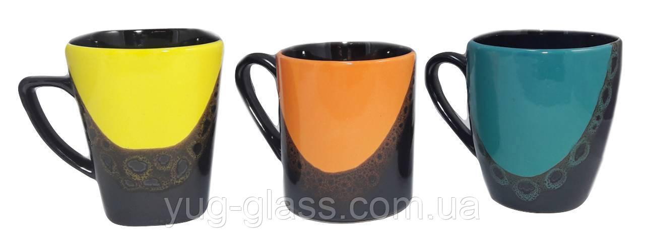 Какую отличительную особенность имеют кружки от чашек?