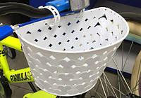 Белая пластиковая корзинка для детского велосипеда BSK-16-000