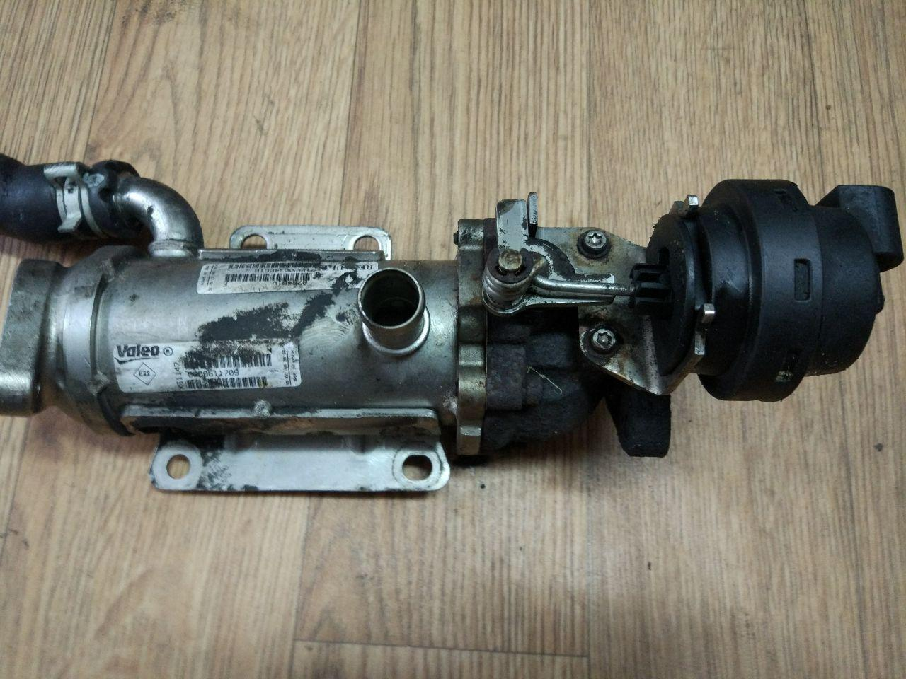 Охолоджувач відпрацьованих газів (EGR) Renault Trafic, Opel Vivaro 2.0, 2006-2011, 8200611709 (Б/У)