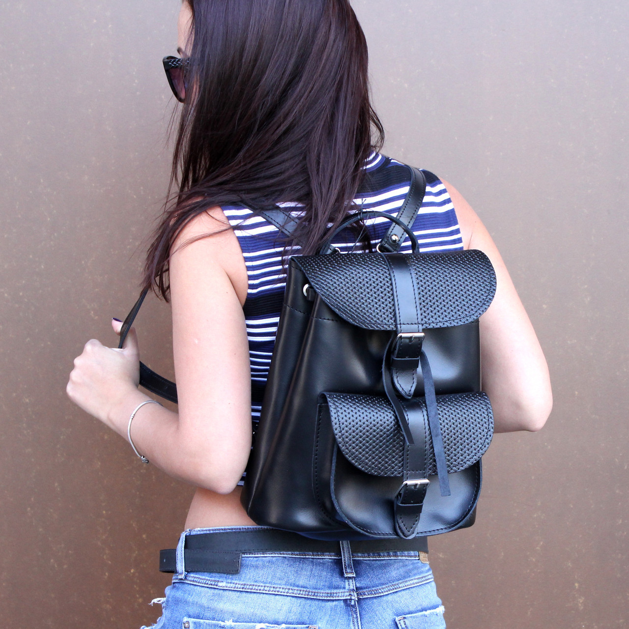 """Женский кожаный рюкзак """"Patsy"""" черный с плетением"""