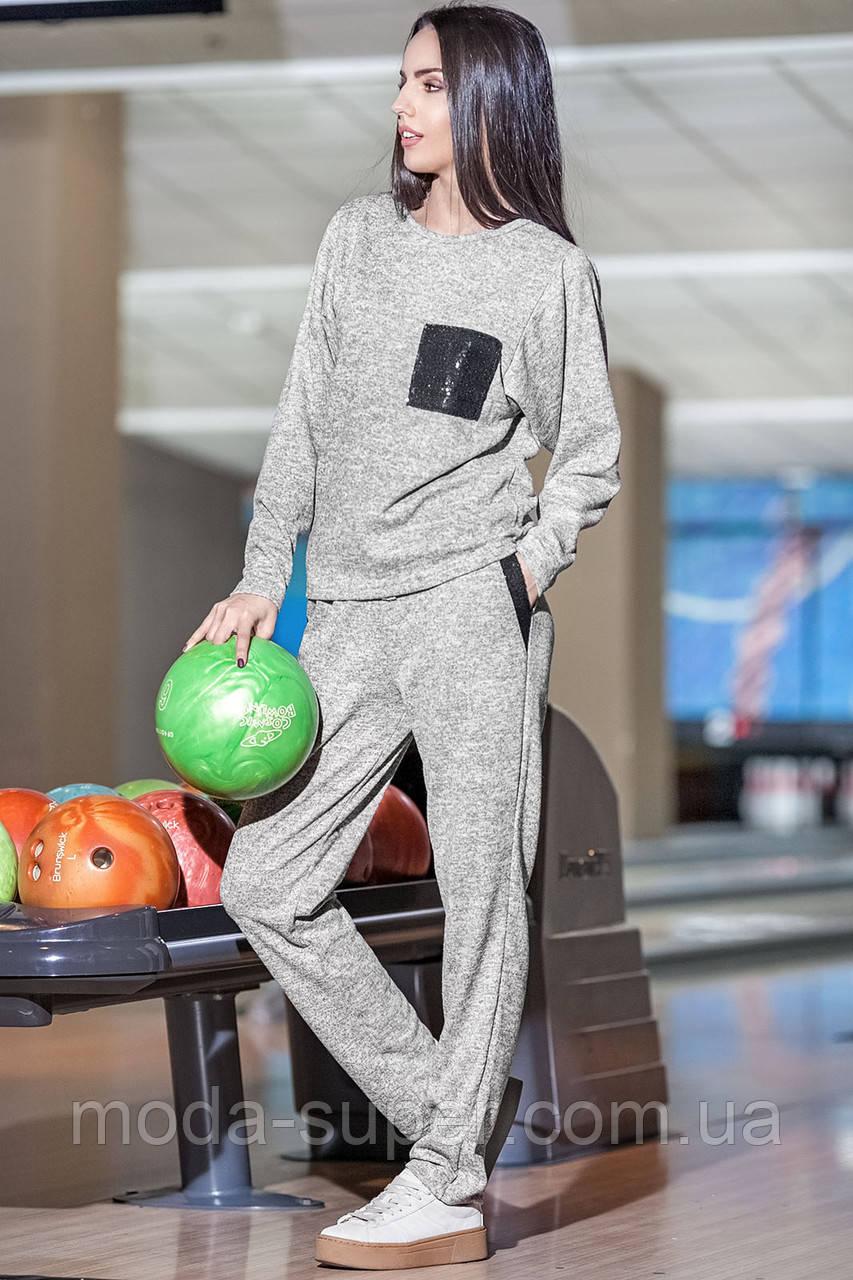Спортивный костюм из ангоры с имитацией топа