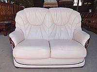 Шкіряний,двохмісний диван