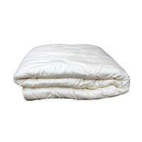 """""""Белое""""Одеяло двуспальное холлофайбер размер 170*210, ткань микрофибра."""