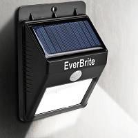 Уличный светильник с датчиком движения на солнечной батарее Ever Brite / фонарь