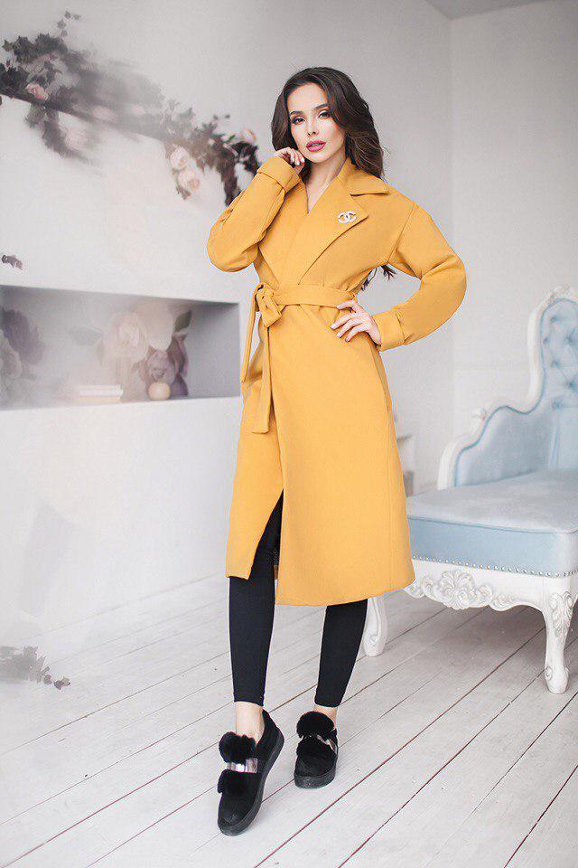 Женское пальто Шанелька