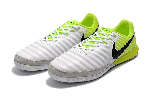 Футбзалки Nike TimpoX Finale IC
