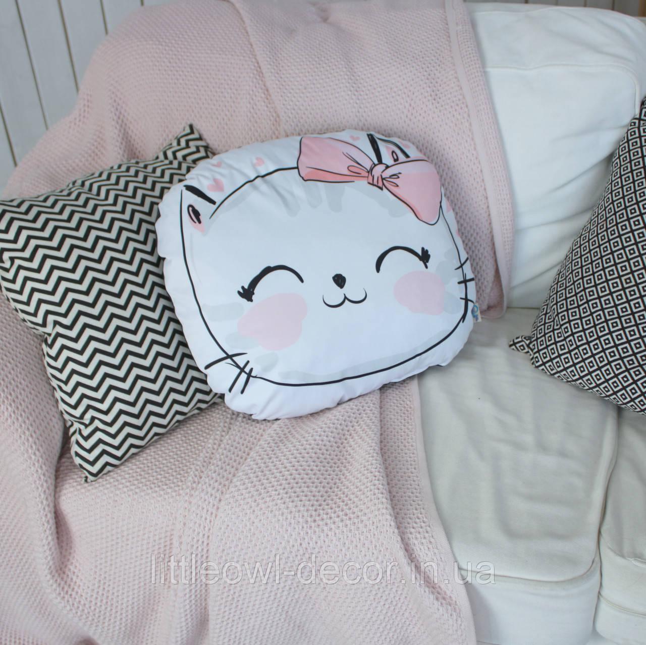 Подушка Cat с бантом 45см