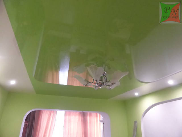 Комбинированный натяжной потолок 3
