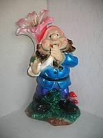 Фигурка декоративная Гном с лилией 51 см