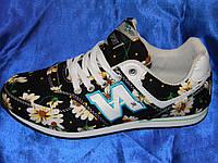 Текстильные женские кроссовки с цветочным принтом 39р.