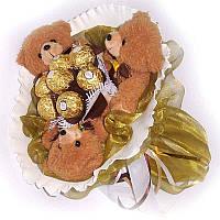 Букет из мягких игрушек Мишки 3 с конфетами Ферреро Роше