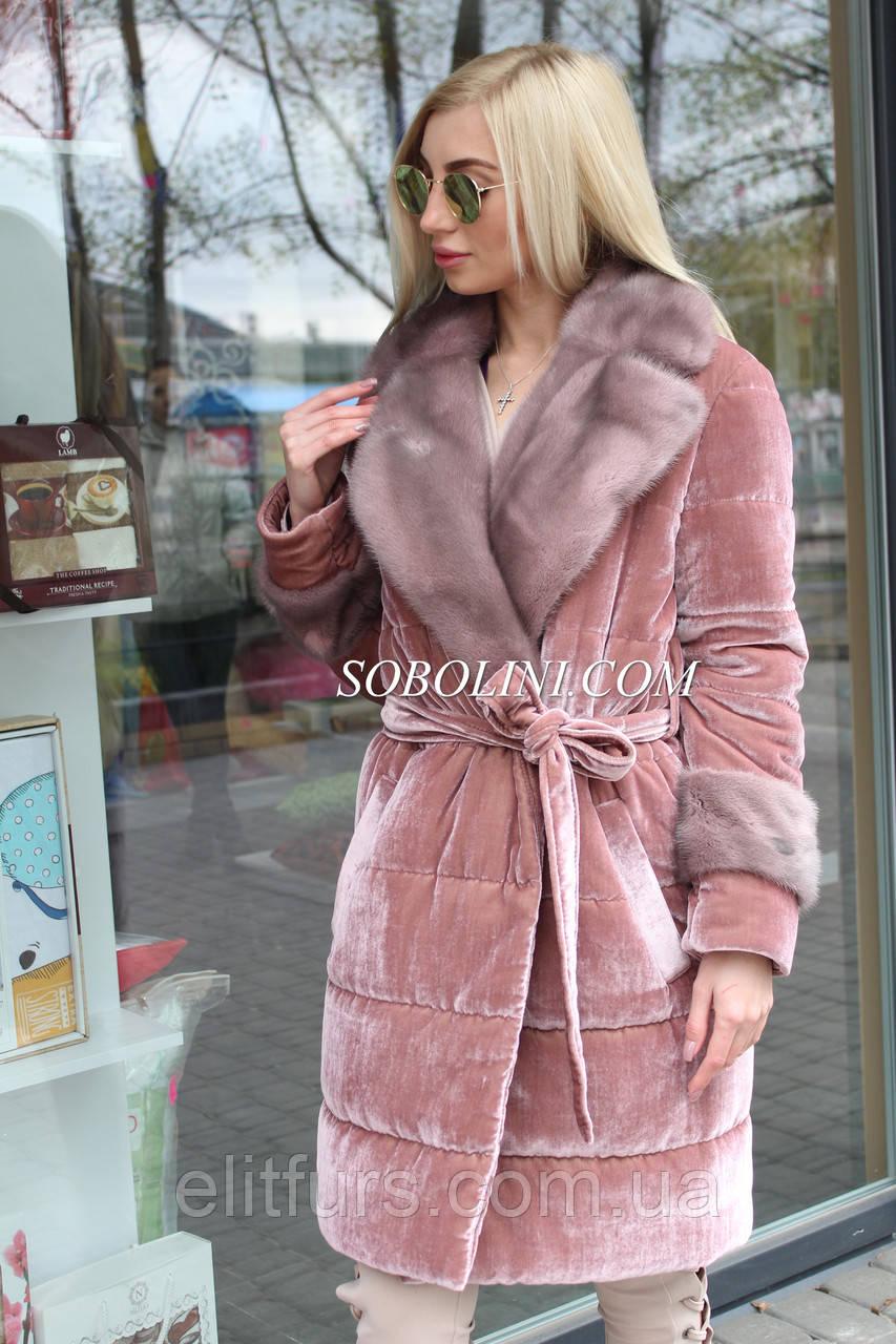 Пальто  с норковой отделкой из бархата