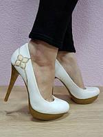 Туфли белые 35-40.  Туфли белые Николаев. Женские белые туфли., фото 1
