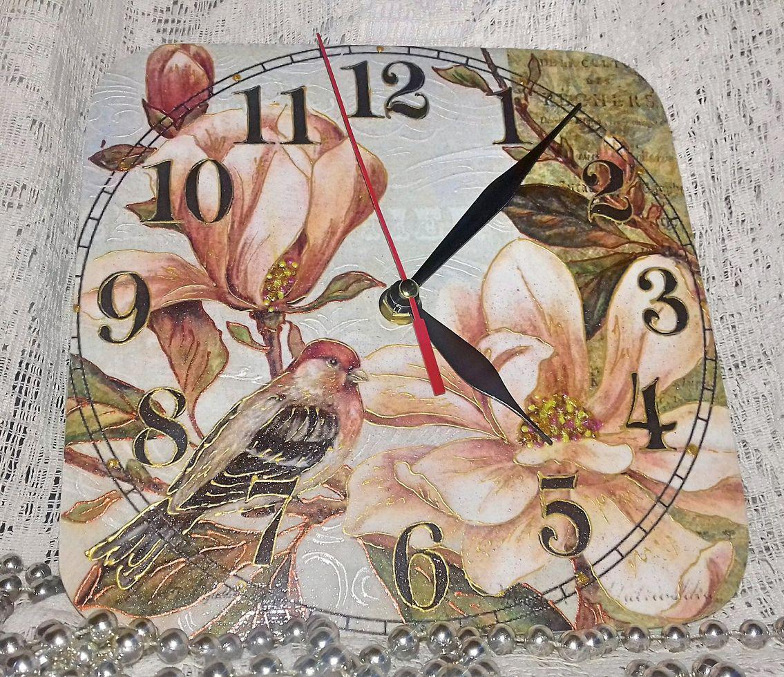 Часы настенные Магнолия