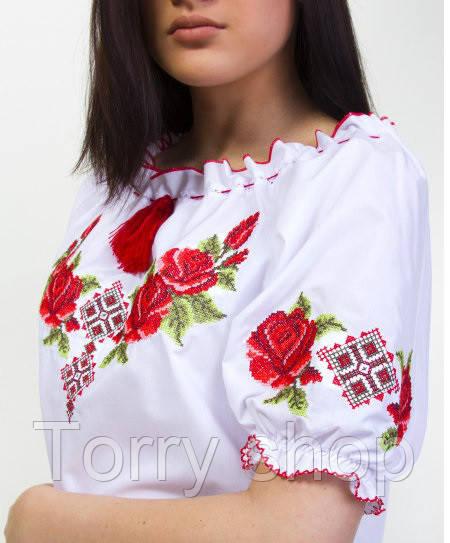 Вышиванка женская с оригинальной вышивкой на короткий рукав