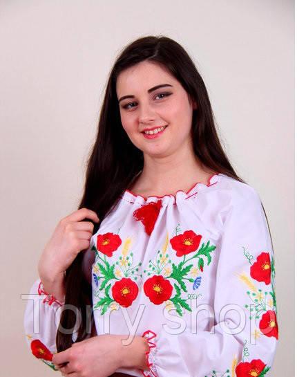 Вышитая женская рубашка на белом хлопке  с маками и колосками