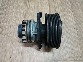 Водяный насос (со шкивом, 7 руч.) Renault Trafic, Opel Vivaro 2.0, 2006-2014, 8200332040 (Б/У)