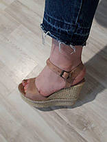 Босоножки замшевы с открытым носочком на танкетке и ремешке Код 1544, фото 2
