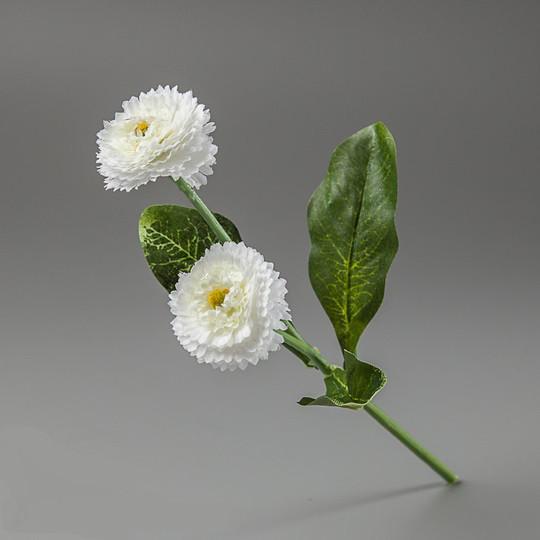 Искусственные цветы маргаритки белые.