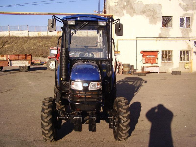 Трактор ДТЗ 5404К (40л.с 4х4 кабина с отоп. ГУР  2 насоса гидр.)