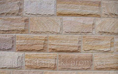 Песчаник часто используется в отделке внутренних и внешних стен