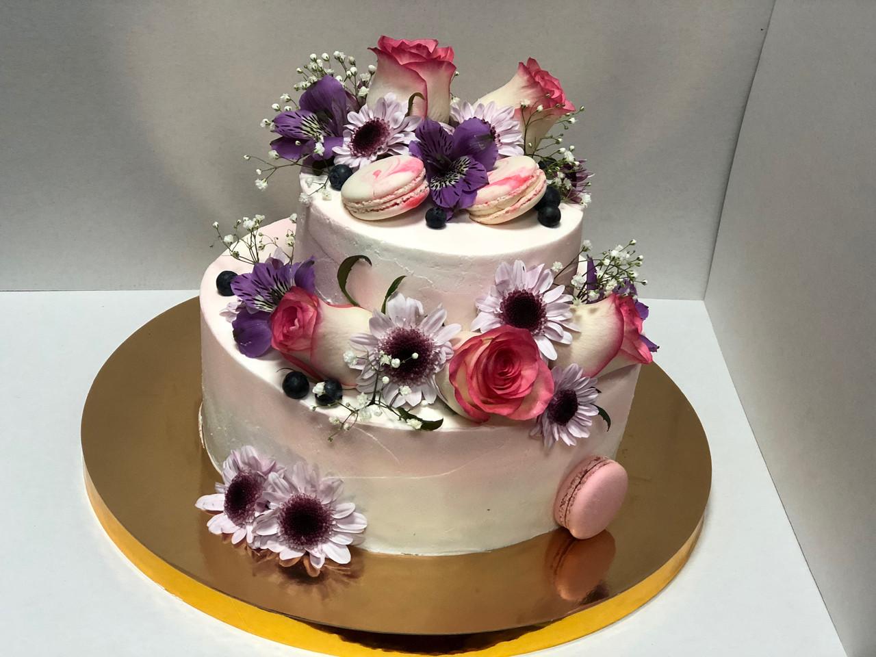 """Свадебный торт на заказ """"Живые цветы"""""""