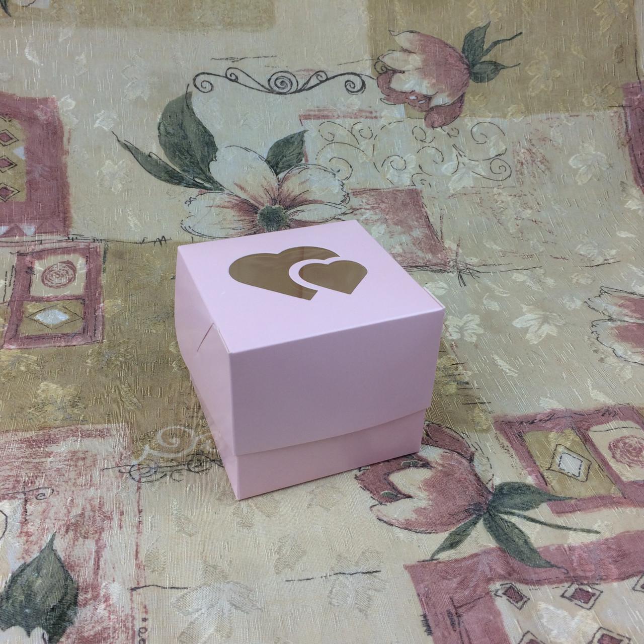 Коробка для 1-ого кекса / 100х100х90 мм / печать-Пудр / окно-2 Сердц / лк