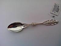Серебряная ложка чайная с узором