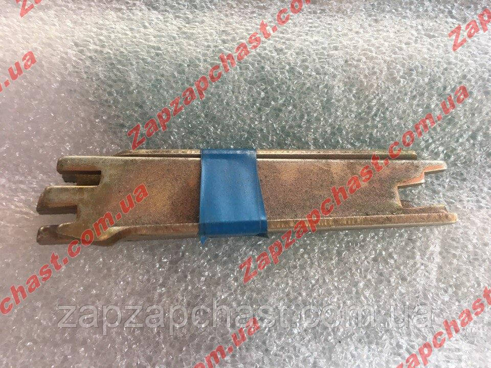 Планки задних тормозных колодок Заз 1102 1103 таврия славута распорные (к-кт 2шт)