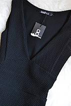 Новое черное фактурное платье с декольте Boohoo, фото 2