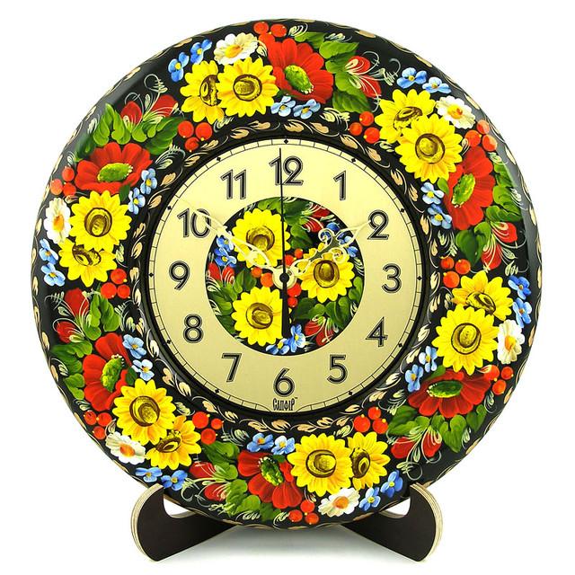 украинское украшение в стиле Петриковка