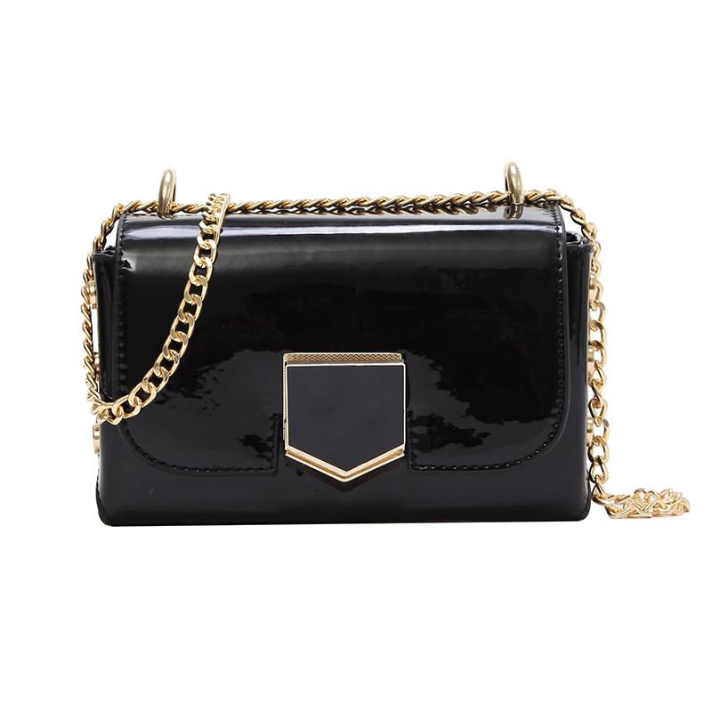 2492020db91e Черная лаковая сумка через плечо: продажа, цена в Киеве. женские ...