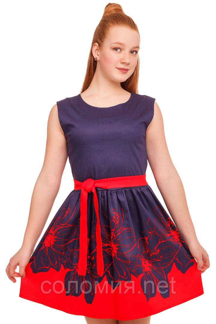 Очаровательное платье с ярким цветочным принтом  на юбке 146-152р