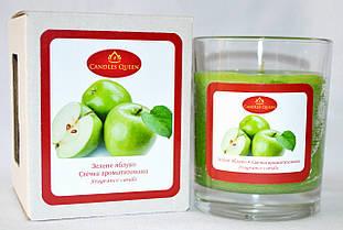 Свеча ароматизированная в стакане. С ароматом зеленого яблока