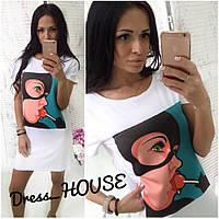 Женское платье-футболка  Женщина кошечка с чупа-чупсом