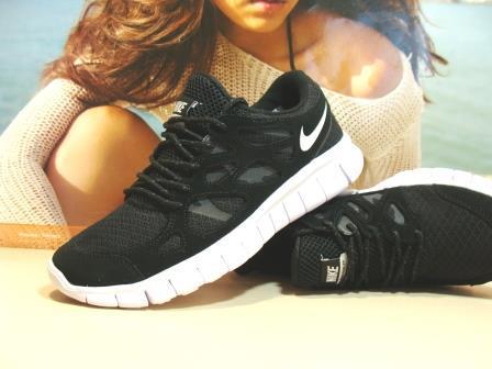Кроссовки мужcкие Nike Free Run plus 2 репликачерно-белые 45 р.