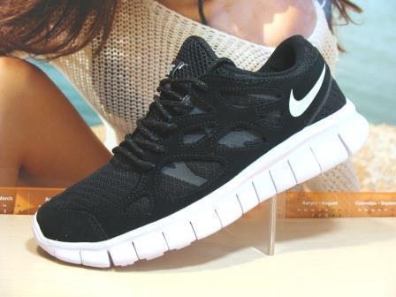 Мужcкие кроссовки Nike Free Run plus 2 репликачерно-белые 42 р.