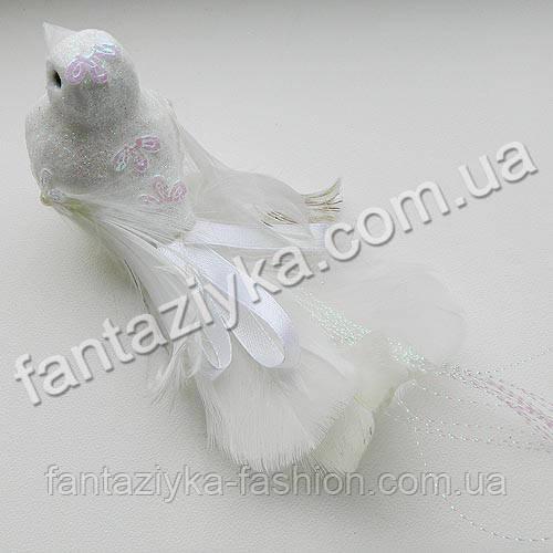 Декоративный свадебный голубь из перьев 11см