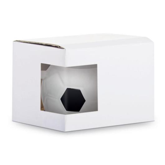 Упаковка с окошком для чашки в форме футбольного мяча