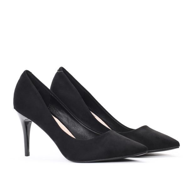 Элегантные туфли на каблуке очень стильные по супер цене