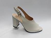 Босоножки кожаные на каблуке. Маленькие размеры ( 33 - 35 ). , фото 1