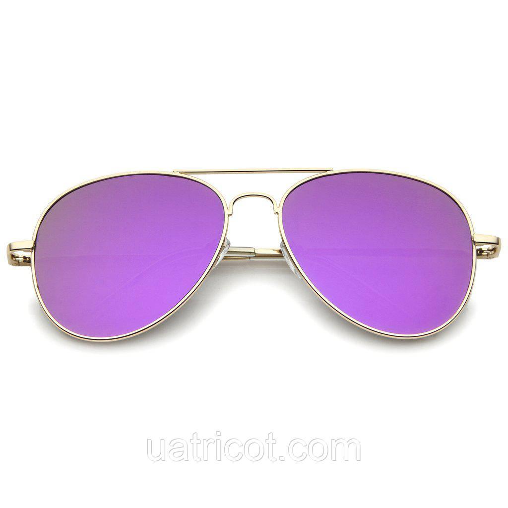 Женские солнцезащитные очки авиаторы в золотой оправе с пурпурной линзой