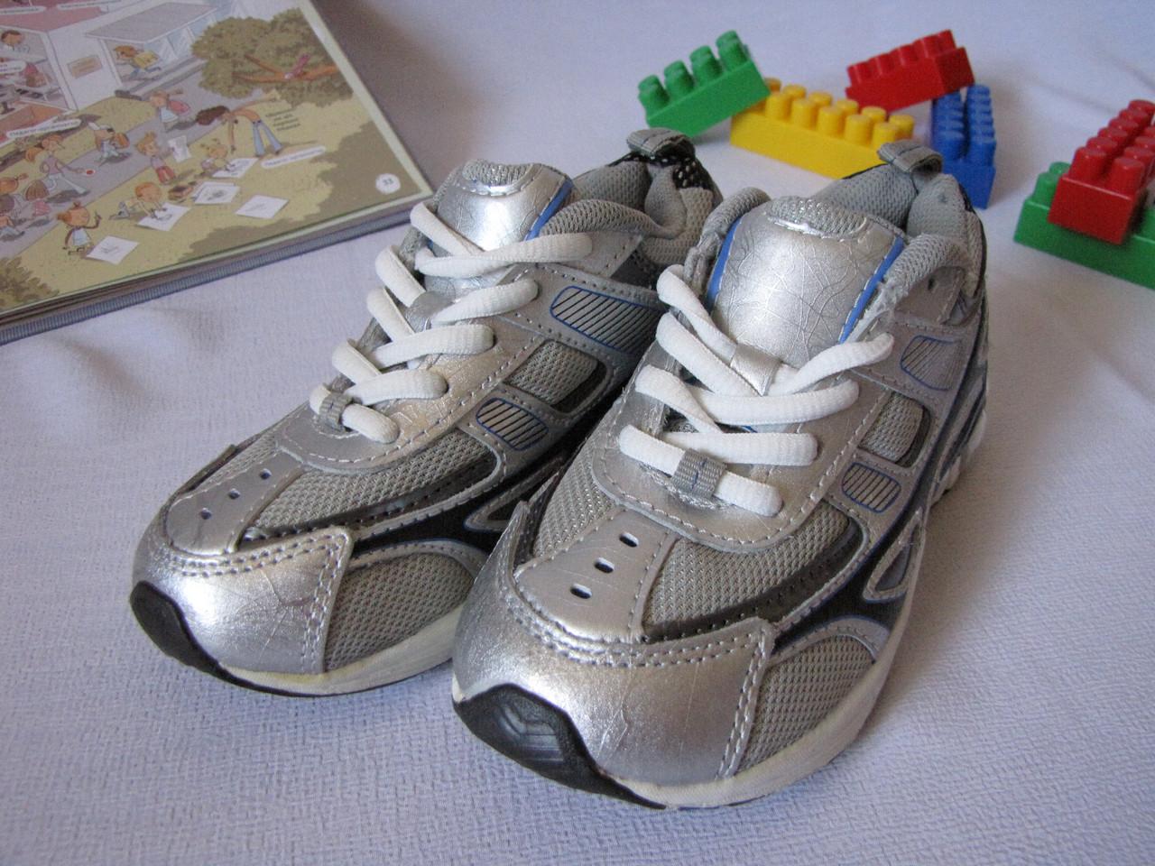 Кроссовки детские Jumping Beans оригинал размер 27.5 светло серые 08002/01