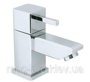Смеситель для туалета PLIEGER KUBRIX