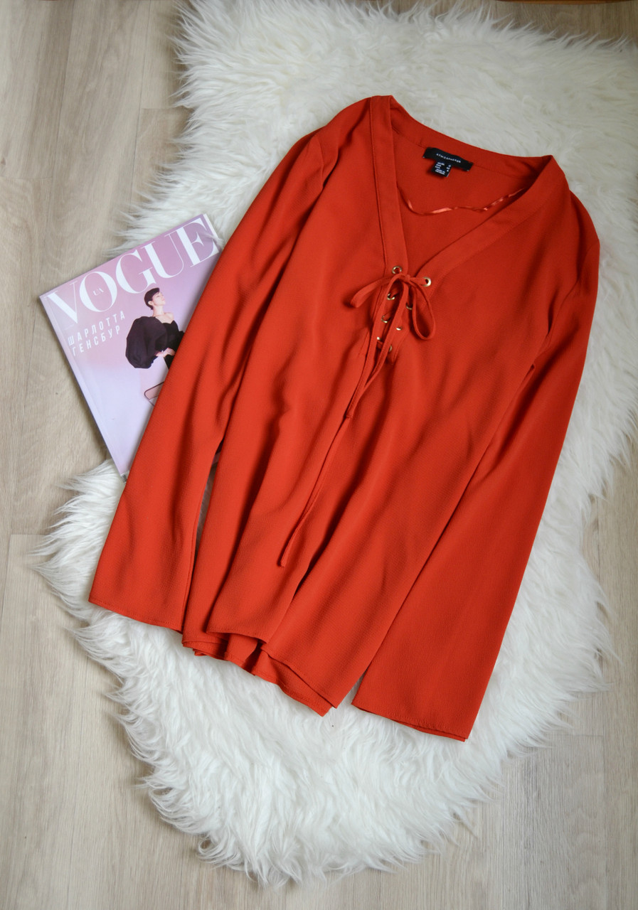 Красная блуза со шнуровкой Atmosphere