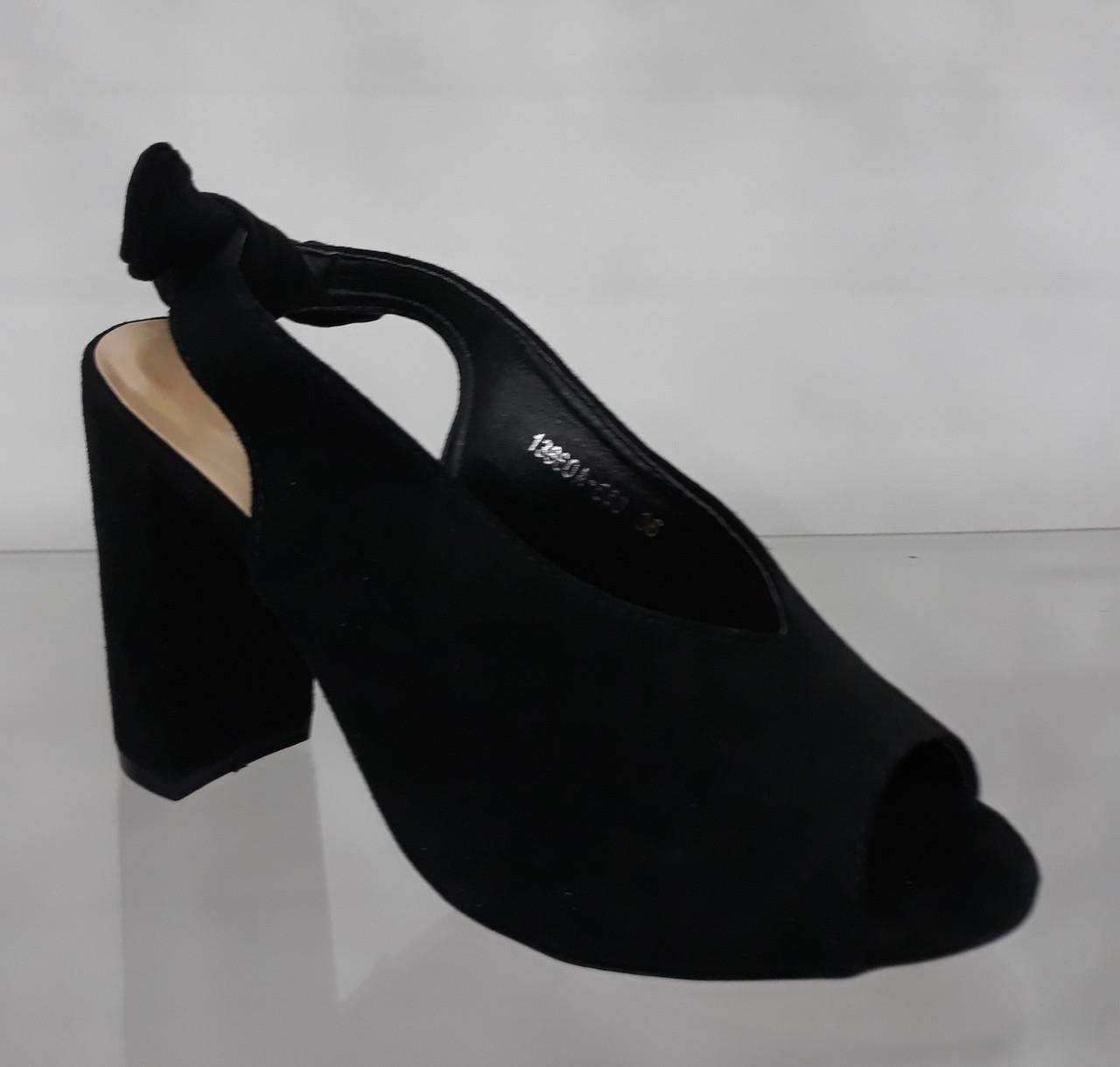 9014bbd8d Босоножки женские черные замшевые с узелком на пятке на высоком устойчивом  каблуке