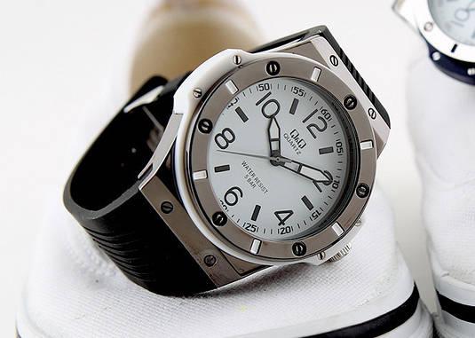 Часы Q Q Q566-314   Японские наручные часы   Кью энд кью   Кью кью ... 915092c3155