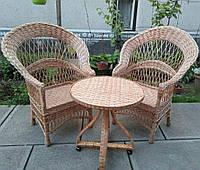 Садовый комплект плетеной мебели, стол на колесах