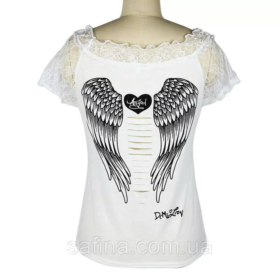 Белая футболка с крыльями ангела