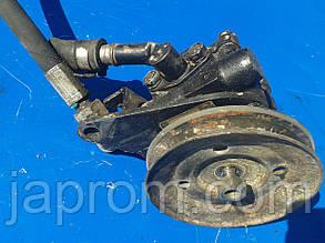 Насос гидроусилителя руля Nissan Bluebird 1983-1990г.в 2.0 дизель